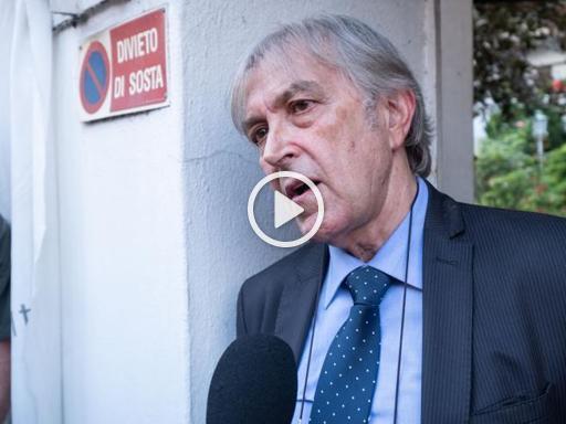 Monza, la resistenza dell'imprenditore sotto sfratto ...