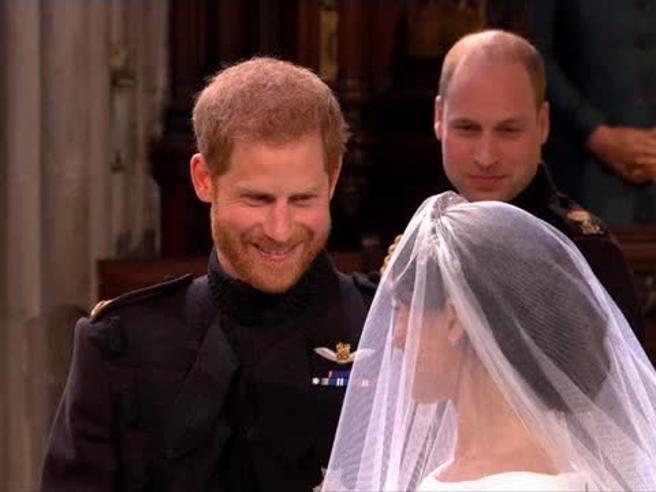 Harry, cosa ha detto a Meghan sull'altare: non solo frasi d'amore al  Royal Wedding