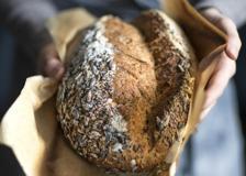 Pane di segale al miele con Salame Felino IGP