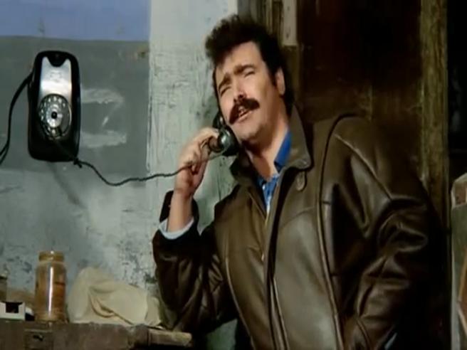 «Eccezzziunale veramente», «Gulash gulash!!»: la scena cult del film di Carlo Vanzina