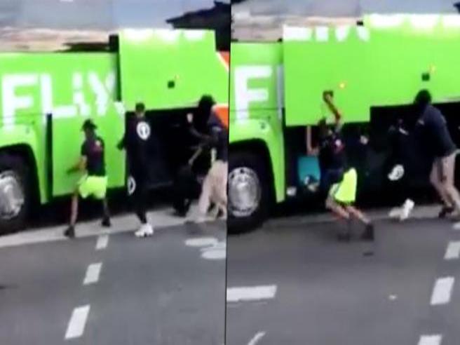 Francia: giovani rubano i bagagli dal pullman Flixbus in corsa