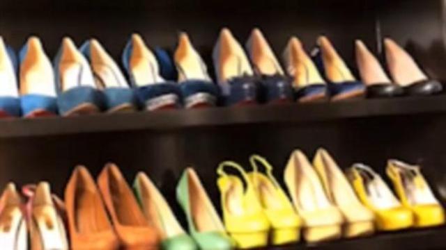 Quali metto oggi  La incredibile collezione di scarpe di Paris Hilton (da 1  milione di dollari) - Corriere TV 6d2d162b52f