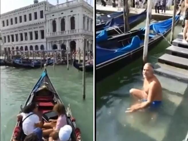 I turisti francesi fanno il bagno in piazza San Marco, il gondoliere gli dà una lezione di civiltà Il video