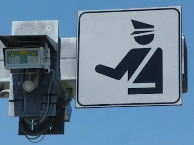 In autostrada arriva il «superTutor» infallibile: ecco come funziona - La videoscheda