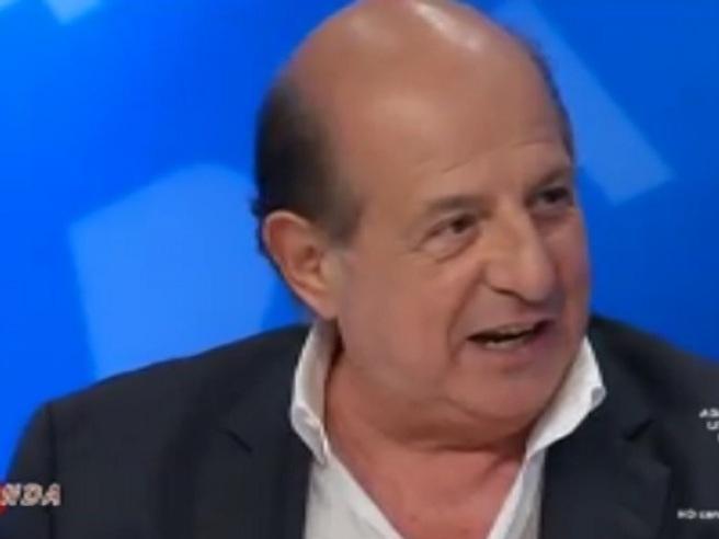 Magalli: «Conosco Grillo da quando faceva cabaret e mi fregava le battute»