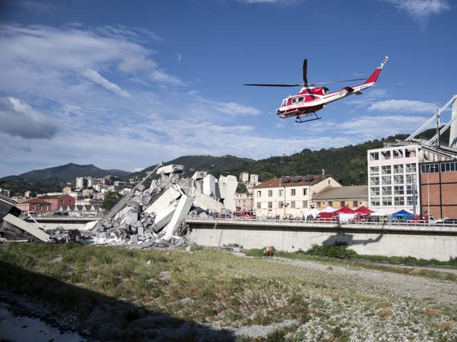 Genova ferita: la rabbia degli sfollati, le ricerche  tra le