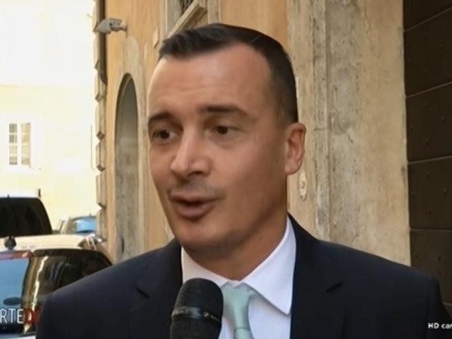 Casalino: «Al  Mef non devono dormire per trovare le risorse»