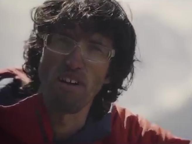 Auer, lo scalatore che va sulle Alpi e sull?Himalaya da solo (e senza corde)