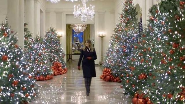Addobbi Di Natale Immagini.Melania Trump E Gli Addobbi Di Natale Corriere Tv