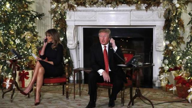 Babbo Natale Video Per Bambini.Le Telefonate Di Trump Ai Bambini Credi Ancora A Babbo Natale A 7