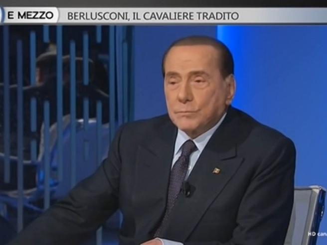 Berlusconi: «Salvini e Renzi vittime della giustizia? Dilettanti rispetto a me»