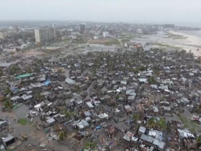 In  Mozambico un'intera città spazzata via dal ciclone IdaiLe immagini dall'alto: video