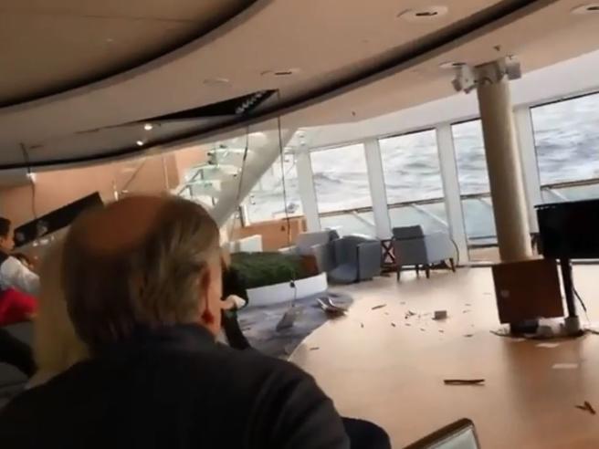 Norvegia, la nave in balia delle onde si inclina e vola tutto: panico a bordo