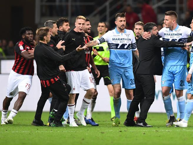 Perché si è scatenata la rissa finale dopo Milan-Lazio