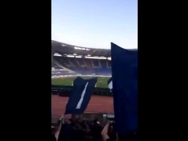 I cori razzisti dei tifosi della Lazio contro il milanista Bakayoko