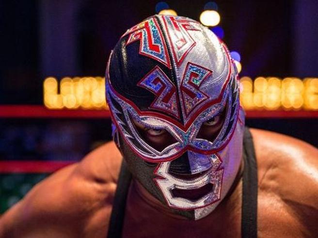 Il wrestler messicano Silver King è morto sul ring durante un incontro a Londra