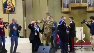 lesbiche sito di incontri militari