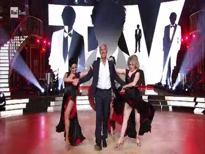 Giletti torna in Rai (ma solo per danzare). Le prove del conduttore a «Ballando con le stelle»