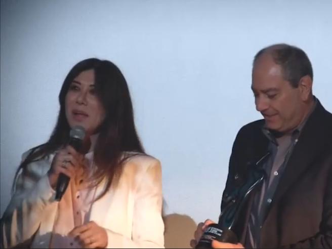 Show di Virginia Raffaele a Toronto: «Sembra di stare in America ma con il colesterolo a posto»