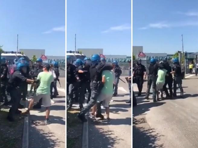 I Cobas: «Nostro sindacalista aggredito  dalla polizia» Il video