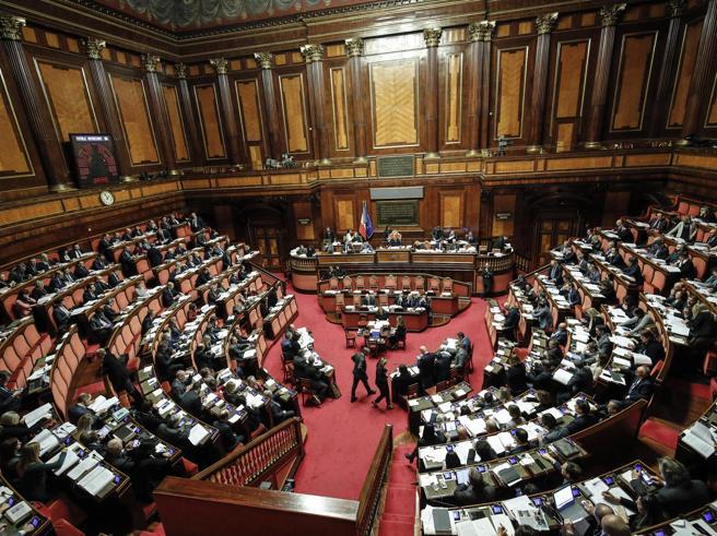 Crisi di governo, il voto del Senato: la diretta dall'Aula