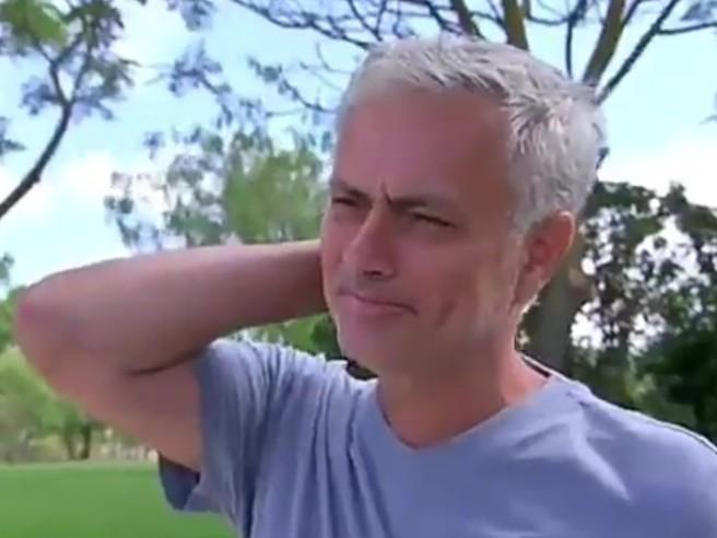 Mourinho in lacrime: «Mi manca il calcio, mi stavo divertendo poi è diventata un cosa seria»