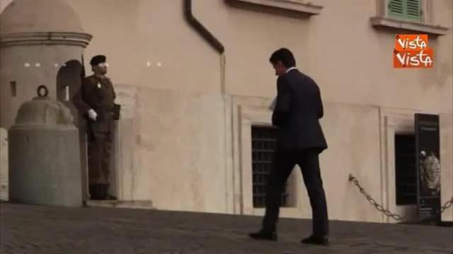 Renzi firma le sue 'dimissioni' e lascia il Pd