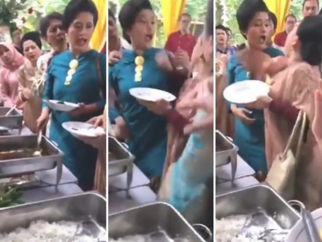 Guerra al buffet: due invitate a un matrimonio si prendono a schiaffi per un piatto al curry