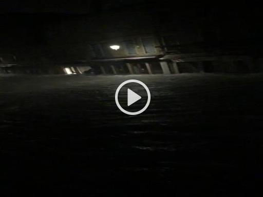 Marea record a Chioggia, le incredibili immagini girate a Pellestrina - Corriere della Sera