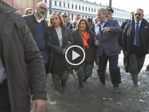 Venezia, Casellati e Lamorgese visitano la Basilica di San Marco - Corriere della Sera