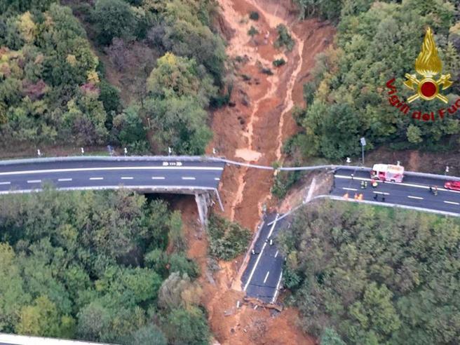 Crollo viadotto A6 Torino-Savona: il video dall'alto