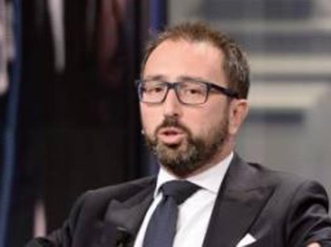 Bonafede e la gaffe  in tv: «Se non si dimostra il dolo il reato è colposo»