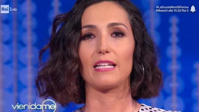 """Caterina Balivo, il saluto commosso per l'ultima puntata di """"Vieni da me"""""""