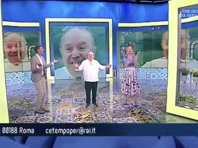 Lino Banfi festeggia 84 anni in tv, Anna Falchi canta «Tanti auguri a te»