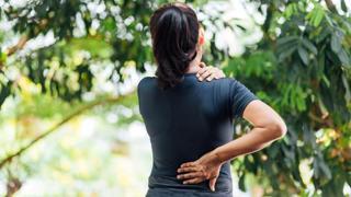 Mal di schiena non traumatico, quando andare in Pronto Soccorso?