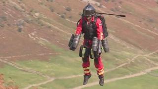 Il paramedico volante: 25 minuti di percorso in appena 90 secondi