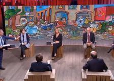Floris chiude il microfono a Bersani che va avanti a parlare: «Non la sente nessuno»