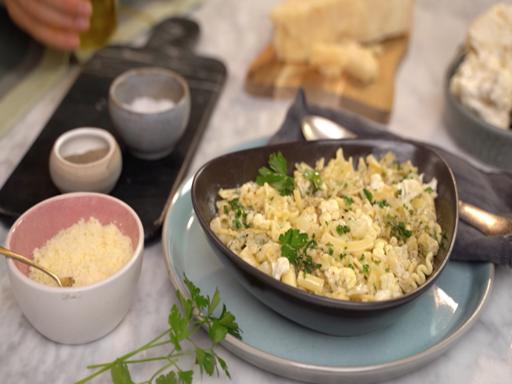 La ricetta della pasta mista con il cavolfiore