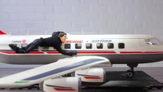 Gli stunt più pericolosi di «Tom Cruise» in versione plastilina