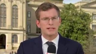 Il corrispondente dalla Casa Bianca che racconta le news in 6 lingue diverse