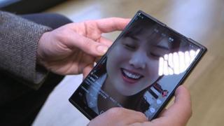 Come funziona Oppo X 2021: lo smartphone con lo schermo che si allarga