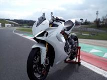 La prova (in pista) della Ducati Supersport 950S