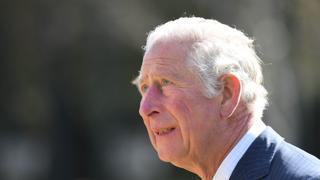 Morte Filippo, il principe Carlo commosso rende omaggio al padre scomparso