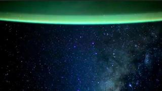 Una magnifica Via Lattea catturata dalla navetta spaziale