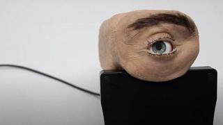 Ecco Eyecam, la webcam a forma di occhio umano