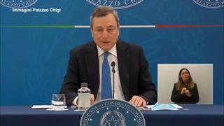 Draghi: «Dal 26 aprile sì a ristorazione all'aperto, sia a pranzo che a cena»