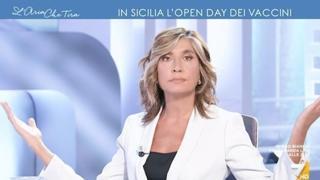 Caos all'open day vaccini in Sicilia, Myrta Merlino al commissario: «Ma perché lei non è lì?»
