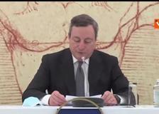 Draghi: «Green pass italiano dalla seconda metà di maggio. A giugno quello europeo»