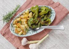 Il friggitelli con le patate: il contorno semplice e veloce