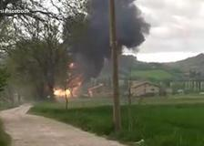 Esplode azienda a Gubbio, il video dello scoppio: «Mamma mia, muoiono tutti»